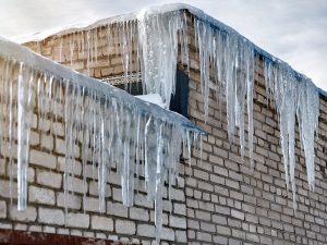 What-to-Do-If-You-Have-Ice-Dams-on-Your-Roof